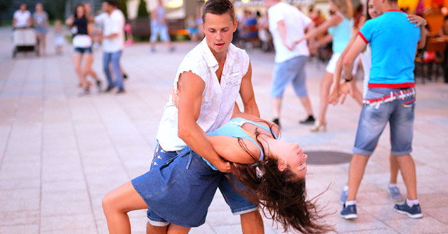 Dance by Vladimir Pustovit by CC